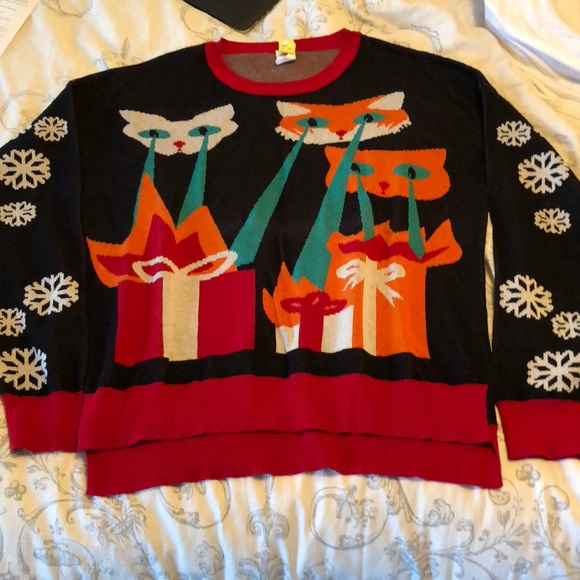 4e10c128c2fa9 Ugly Christmas sweater with laser cats! M_5a7c6f7e9a9455f7e6f96815